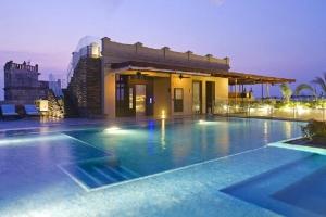 bastion-luxury-hotel