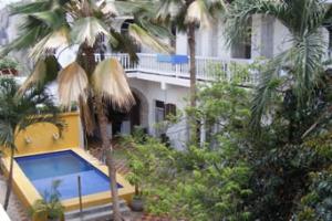 Low Cost Cartagena media luna