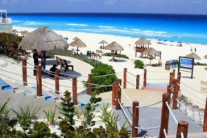 rsz_playa-delfines-cancun