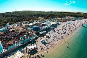 rsz_zrce-beach